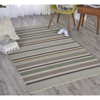 Waverly Sun N' Shade Emerald Indoor/ Outdoor Rug by Nourison (10' x 13')