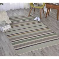 Waverly Sun N' Shade Emerald Indoor/ Outdoor Rug by Nourison