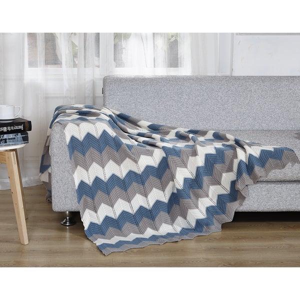 De Moocci Chevron Knitted Throw Blanket