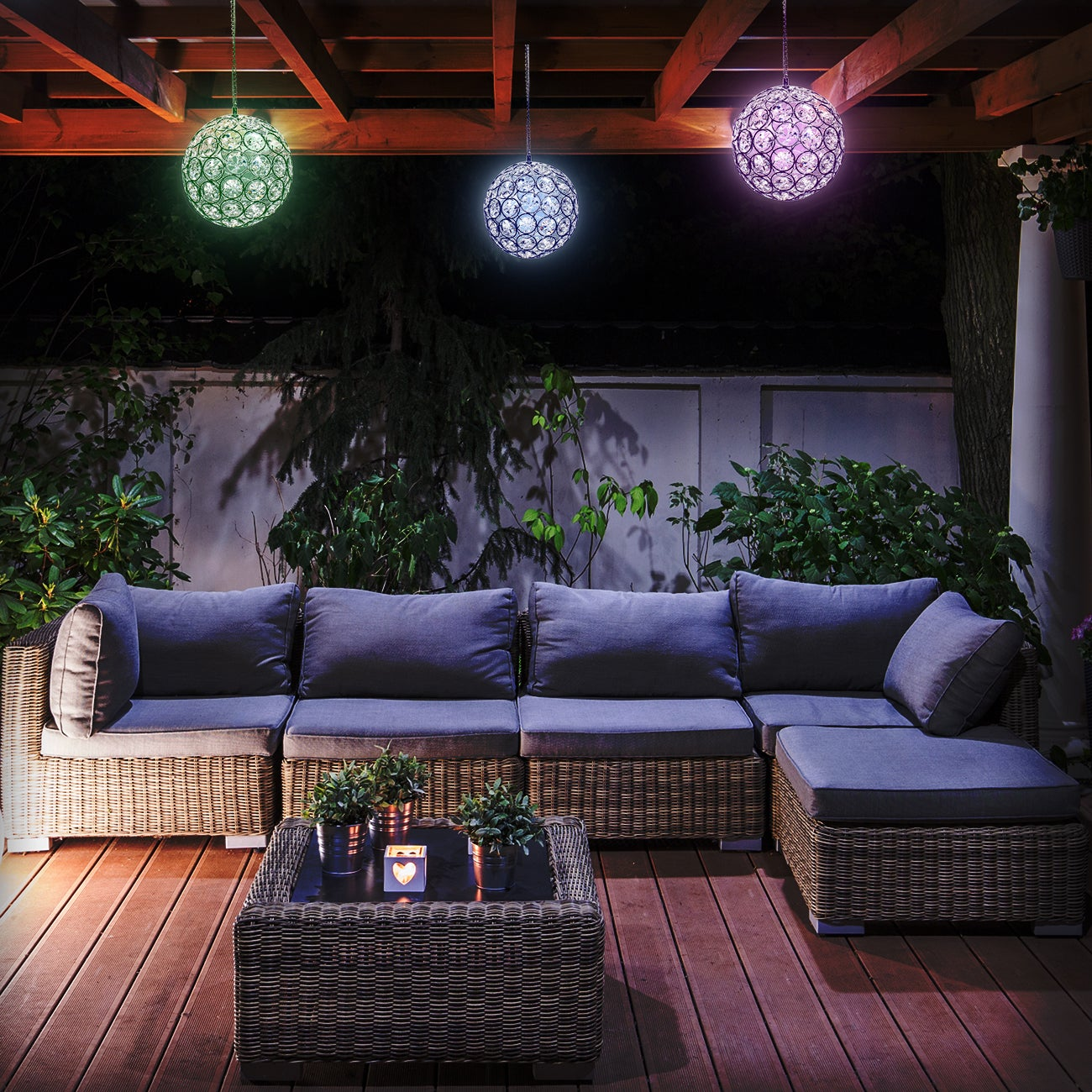 Ggi International Solar LED Concepts Hanging Sparkling Cr...