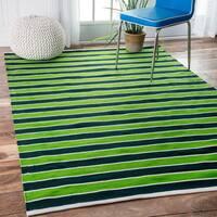 nuLOOM Handmade Indoor/ Outdoor Flatweave Resort Stripes Green Rug (5' x 8') - 5' x 8'