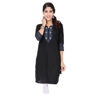 In-Sattva Ethnicity Women's Delicate Embroidery Kurta Tunic (India)