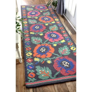 nuLOOM Handmade Floral Wool Daisy Chainlet Charcoal Runner Rug (2'6 x 10')