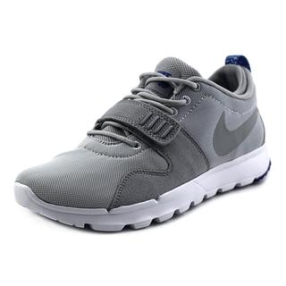 Nike Men's 'Trainerendor' Basic Textile Athletic Shoes