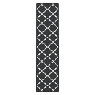 Mohawk Home Soho Fancy Trellis Navy Area Rug (2' x 8')