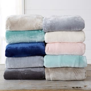 Home Fashion Designs Marlo Collection Ultra Velvet Plush Fleece Blanket|https://ak1.ostkcdn.com/images/products/12215887/P19061617.jpg?impolicy=medium