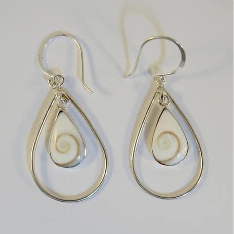Handmade Silver Operculum Eye of Shiva Teardrop Earrings (Indonesia)