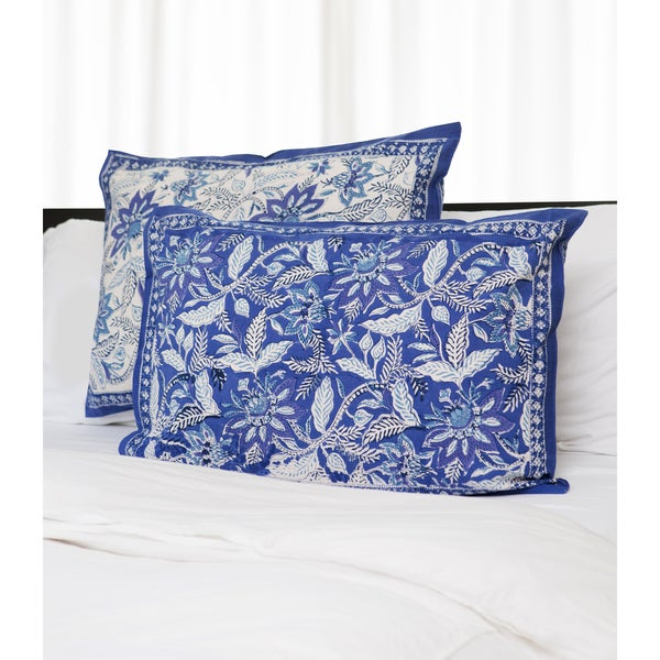Handmade Dreams in India Blue and White Shams (India)