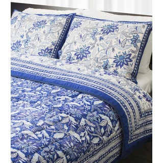 Handcrafted Indigo Vines Indian Palace Quilt (India)