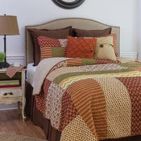Gracewood Hollow Dickens Multicolored Quilt Set