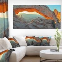 Mesa Arch Canyon lands Utah Park - Landscape Art Canvas Print - Multi-color