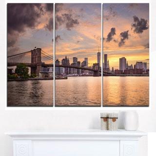 New York City Skyline under Dark Clouds - Cityscape Canvas print