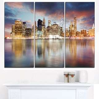 New York Skyline at Sunrise with Reflection. - Cityscape Canvas print
