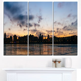Sunset with Clouds in Kiev Panorama - Cityscape Artwork Canvas