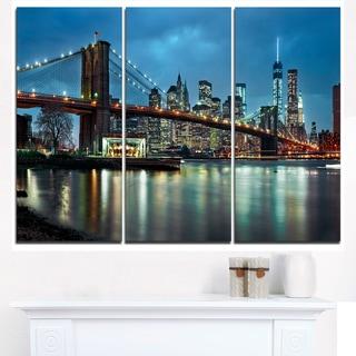 Brooklyn Bridge and Skyscrapers - Cityscape Canvas print
