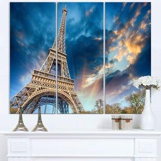Beautiful View of Paris Eiffel Tower under Fiery Sky - Cityscape Canvas print