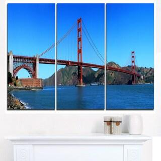 Golden Gate Bridge under Blue Sky - Cityscape Canvas print
