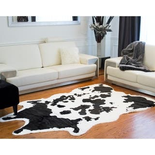 Sugarland Luxe Black/White Faux-cowhide Rug/Throw (5'3 x 7'6)|https://ak1.ostkcdn.com/images/products/12222812/P19067715.jpg?impolicy=medium