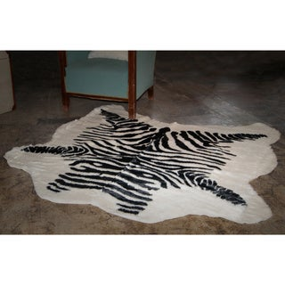 Luxe Faux-cowhide Zebra Black Throw Rug (4' x 5')