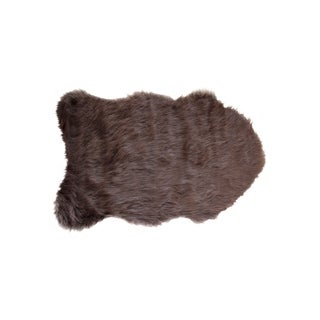 Luxe Gordon Chocolate Brown Faux Sheepskin Throw Rug (2'x3')