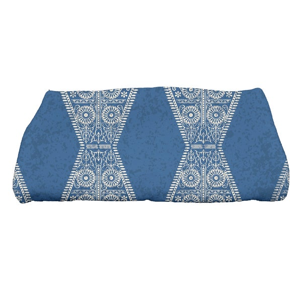 28 x 58-inch Pyramid Stripe Geometric Print Bath Towel