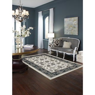Mohawk Home Aurora Traditional Floralesqe Area Rug (8'x10')
