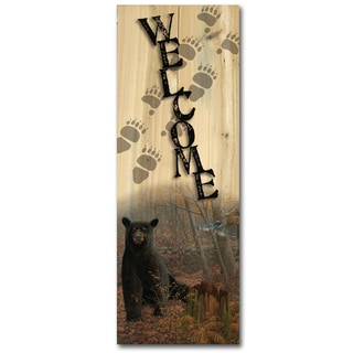 WGI Gallery Stonewall Black Bear Indoor/Outdoor Welcome Plaque/Sign Printed on Brown Wood