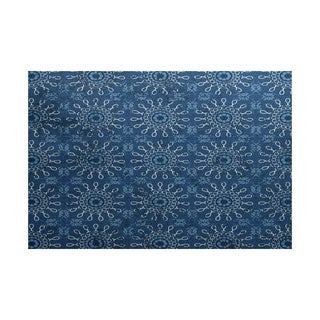 Sun Tile Geometric Print Indoor/ Outdoor Rug (3' x 5')
