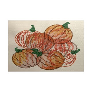 Pumpkin Pile Geometric Print Indoor/ Outdoor Rug (5' x 7')