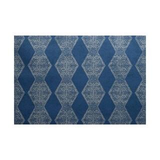 Pyramid Stripe Geometric Print Indoor/ Outdoor Rug (5' x 7')