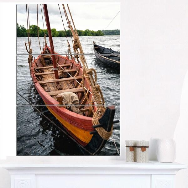 Vintage Wooden Boat - Seashore Canvas Wall Artwork