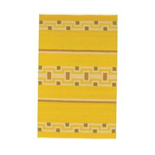 Woven Spirits- Sunflower Flat Woven Rug (2' 3 x 4')