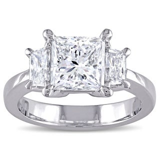 Miadora Signature Collection Platinum 2 1/2ct TDW Certified Princess-Cut Diamond 3-Stone Engagement Ring (E, SI2) (IGI)