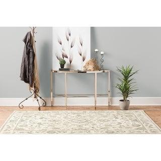 Karastan Studio Serenade Cavatina Cream Area Rug (5'3 x 7'10)