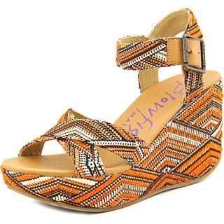 Blowfish Women's 'Dellis' Basic Textile Dress Shoes