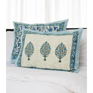 Handmade Set of 2 Dreams in India Teal, Blue, and White Tree Shams (India)
