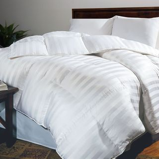 Hotel Grand Oversized 500 Thread Count White Goose Down Comforter (3 options available)