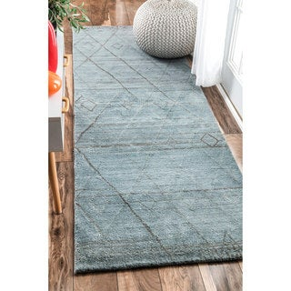nuLOOM Handmade Concentric Diamond Trellis Wool Blue Runner Rug (2'6 x 8')