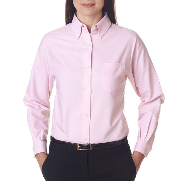 b72134a200 Shop Women s Pink Cotton and Polyester Classic Wrinkle-free Long-sleeved  Oxford Shirt - Free Shipping On Orders Over  45 - Overstock - 12271732