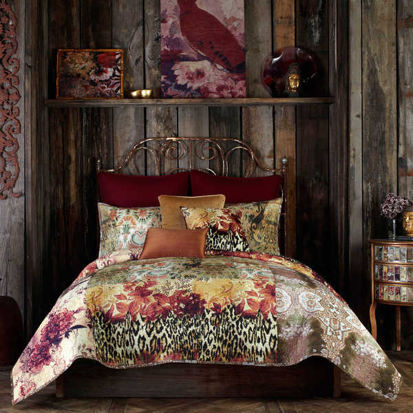 Tracy Porter Gemma Abstract Printed Quilt