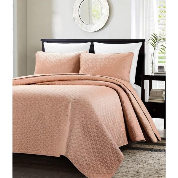 EverRouge Malibu Oversized Quilted 3-piece Bedspread Set