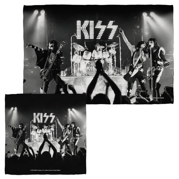 KISS/STAGED Face/Hand Towel Combo