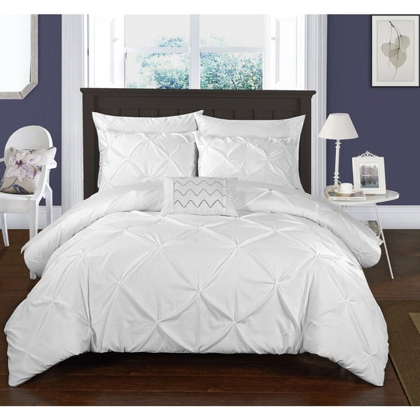 Chic Home 8-Piece Whitley White Bed in a Bag Duvet Set