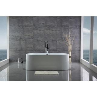 Legion Furniture White Acrylic 67-inch Freestanding Bathtub
