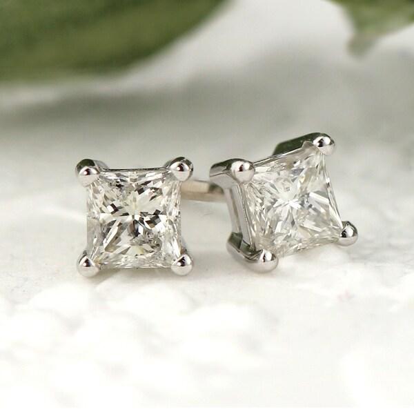 767c2f9a4341f Shop Auriya 14k Gold 1/3ctw Square Princess-cut Diamond Stud ...