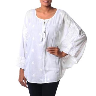 Handcrafted Cotton 'White Floral Butterfly' Blouse (India)