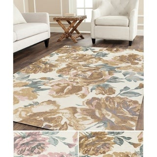Meticulously Woven Coe Polyester Rug (5' x 7'6)