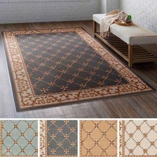 Meticulously Woven Gay Polyester Rug (4' x 6')