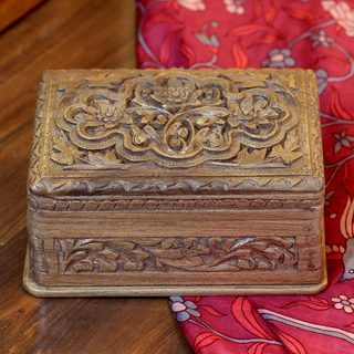 Handcrafted Walnut Wood 'Spring Flowers' Jewelry Box (India)