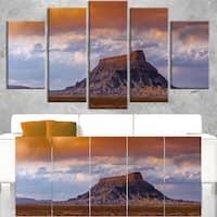 Factory Buttle Utah Panorama - Landscape Artwork Canvas - beige